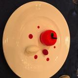 デザート。りんごの形をしたケーキ!