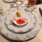 赤ピーマンのムースと野菜のミルフィーユ