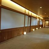 式殿までの廊下