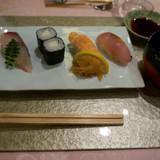 職人さんが握ってくれたお寿司。
