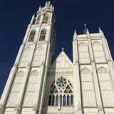 豪華な教会の外観