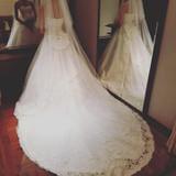 式場の雰囲気に合うウエディングドレス