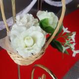 挙式時のレッドカーペットの装花