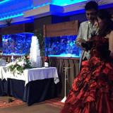 レンタルした赤のカラードレスです。