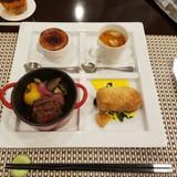 グリルされたお肉とお野菜が美味しい
