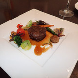 メイン料理。フィレ肉。