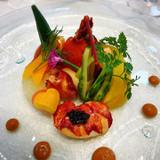 オマールエビと色彩野菜 キャビア添え
