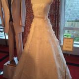 モデルルームに展示されていたドレス