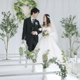 グリーン溢れるチャペルですてきな結婚式を・・・☆
