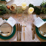 実ものも入れたテーブル装花