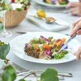 お箸でもお召し上がりいただける『フレンチ・ジャポネ』は、幅広い世代に好評です