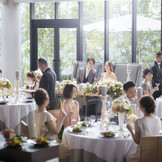 自然光降り注ぐ空間で贅沢なデイパーティーを・・・