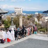 海の見える沼名前神社で憧れの花嫁行列