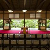 和風人前式「新渓園」四季折々の表情を見せる日本庭園での和婚