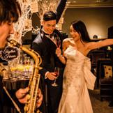 オーケストラ気分を味わえる、生演奏の中で過ごすパーティは、非日常感のある贅沢空間。大切なゲストを招いて、この日だけの特別な思い出に♪