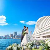見渡すかぎりの海 神戸らしいモザイクやハーバーランドに囲まれて最高に幸せな花嫁に