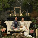 歴史を意味する会場「イストワール」。 こだわりのテーマを結婚式で楽しみたいふたりにはぴったりの会場。 アンティークな雰囲気や、レトロな雰囲気も自由自在☆