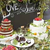 地元でも福岡でも有名な「アンジェココ」が創るお二人オリジナルのケーキはゲストの皆様を甘い香りへと誘い込みます。