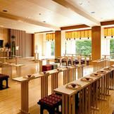 縁結びで有名な島根県にある「出雲大社」のご分神をおまつりしてある「神水殿」