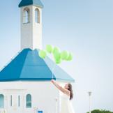 海抜100mの高さに建つ海の教会