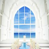美ら海へと続く琉球ガラスのバージンロード