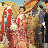 彩り豊かな色打掛と日本男児の第一礼装である紋服で花嫁を支えてくれる