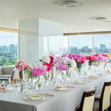 【ベルディナ】ホテル最上階の解放感溢れる景色を楽しんで。ワンフロア貸切だから叶う、大切な人たちだけで過ごす特別な時間