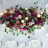 モダンスタイリッシュな装花で会場を彩って