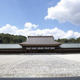 橿原神宮での挙式は、「内拝殿」「儀式殿」「神楽殿」三つの会場からお選び頂けます。