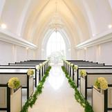 【自然光が差し込む教会】 St.ラヴェール教会