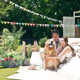 フェスウェディング ペットと一緒に結婚式ができるガーデン