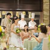 ゲストとゆっくりお寛ぎ頂けるアットホームな結婚式を実現