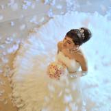 【天使の羽根】花嫁姿姿を一層美しく魅せる、こだわり抜かれた空間で叶う上質なホテルウエディング♪