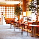 挙式後の食事会も、控室もしっかりとご用意でき 開宴までゆったりお過ごしいただけます。