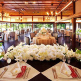 日本の伝統美と西洋の美が混ざり合う特別な雰囲気の披露宴会場【樫野邸】。『徳島』で『和婚』『和の結婚式』をご希望なら『樫野倶楽部』へ。