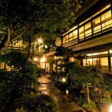 お庭付きの一軒家が魅力。日本家屋を貸切って贅沢な和WEDDINGを。