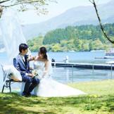 1日1組だからこそできる、貸切ウエディング 湖畔でお二人の素敵な時間をお過ごしください