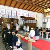 明治元年の明治天皇大阪行幸の際には当社にご親拝なされ、相撲を展覧されました。