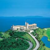 「徳島」市内から車でわずか40分の小旅行。 そこにはあの遠い地中海を思わせる素晴らしい世界があります。