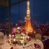 東京タワーが目の前。ゲストへのサプライズにもなる最上階のスカイバンケット。