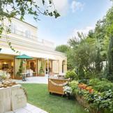 花と緑溢れるナチュラルな雰囲気の「イタリア館」。ガーデンではウエルカムパーティやでザービュッフェ等の演出を楽しもう。