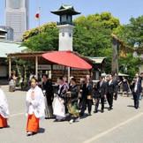 参進の儀の途中には、一般の参拝者から祝福の言葉をいただくこともあります。