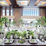 セレブな大人ウエディングのステージ「ザ リゾート」 パリのセレブリティがバカンスを楽しむ、アジアや地中海の『高級ブランドリゾートホテル』がモデル。