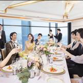 【曙光】~50名 一面ガラス張りになっている窓から、広島の街を見下ろせる贅沢