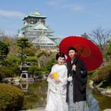 大阪城公園での前撮りは迫力満点◎