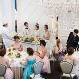 ゲストとの距離も近いので会話やお料理をお洒落に楽しめます