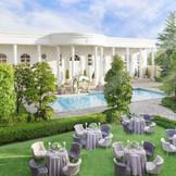 プール付の広大なガーデンを有するホワイトハウスでは憧れのガーデンパーティも叶う!