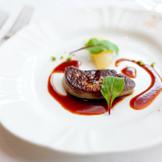 感謝を伝える美食のおもてなしは 記憶に残る芸術フレンチでゲストを魅了する