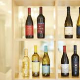 ソムリエが厳選したワインが料理の味をより一層深めていく