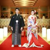 和装をご希望の方は、ホテル内の神殿で本格挙式も叶います。